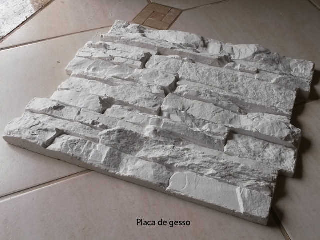 P0050 51 x 40 cm